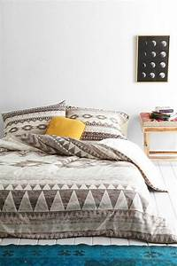 Les dernieres tendances en housses de couette 51 images for Chambre à coucher adulte avec housse de couette 240x260 design