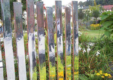 Sichtschutz Garten Spiegel by Unsichtbare Trennwand Im Garten Sichtschutz Mit Spielgel
