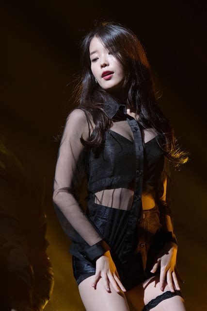 iu drops jaws   absolutely hot outfit daily