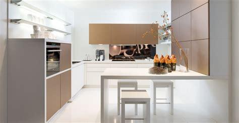 deco pour cuisine grise cuisine brune et blanche photo 16 25 des lignes et des
