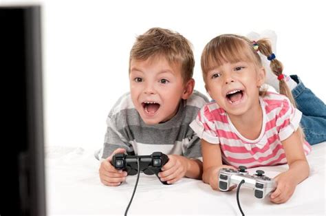 Video Game Time Tied To Kids' Mental, Social Health