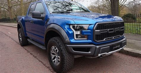 Cost Of A 2017 Ford Raptor by 2017 Ford F 150 Raptor Costs As Much As 911 In The Uk