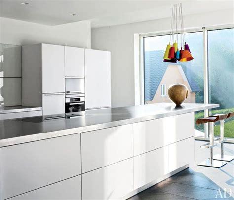 lighting in the kitchen best 25 modern white kitchens ideas on modern 7051