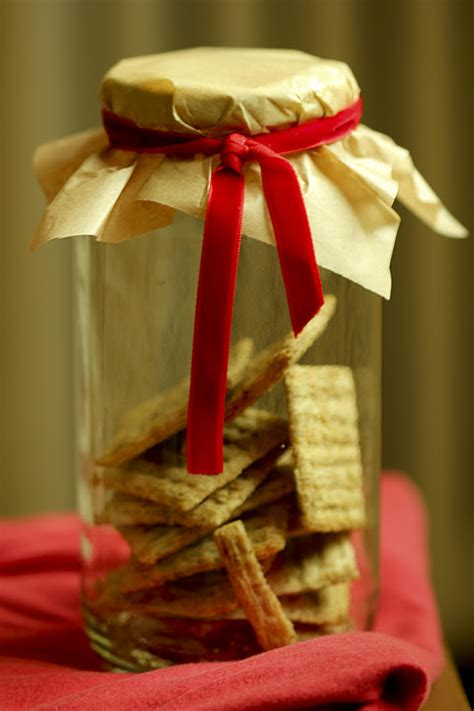 unique wrapping styles   christmas hampers
