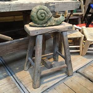 Tabouret Bois Brut : tabouret brutaliste en bois brut nord factory ~ Teatrodelosmanantiales.com Idées de Décoration