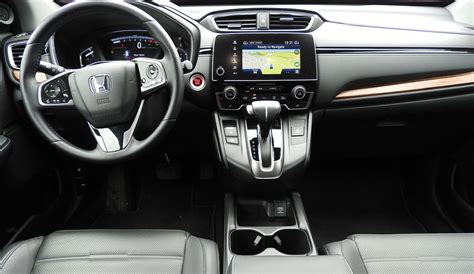 Honda Ups The Bar With 2017 Cr-v