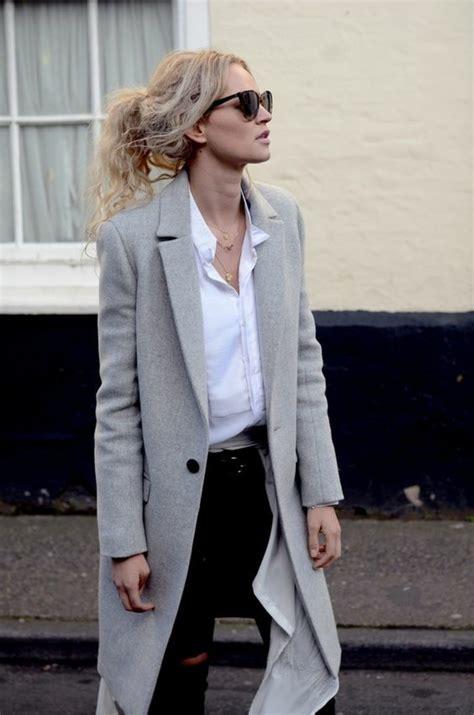 womit laesst sich ein grauer mantel kombinieren  outfits