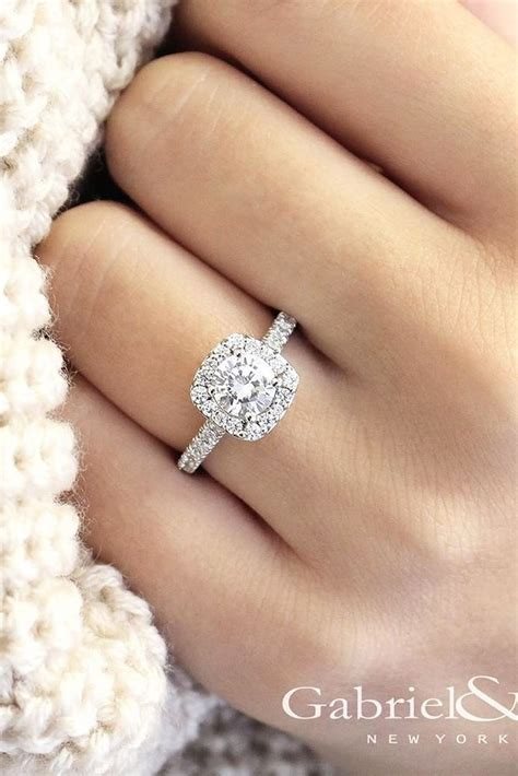 33 white gold engagement rings that every wants