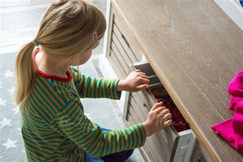 Kleine Sitzbank Flur by Roomtour Unser Flur Kinderzimmer Co Familie Baby