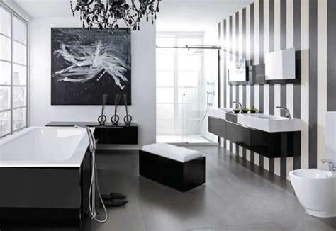 grn wei streifen auf wand inspirationen für schwarz weißes bad design