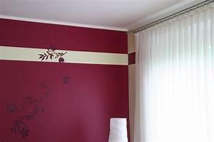 Tapeten Mit Streifen : wandgestaltung farbe streifen ihr traumhaus ideen ~ Frokenaadalensverden.com Haus und Dekorationen