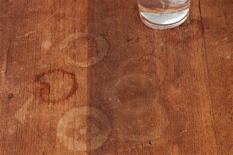 remove water stains  wood  homes