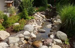 Bachlauf Im Garten : naturlicher bachlauf garten m belideen ~ Michelbontemps.com Haus und Dekorationen
