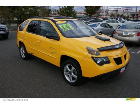 pontiac aztek yellow aztek yellow 2003 pontiac aztek awd exterior photo