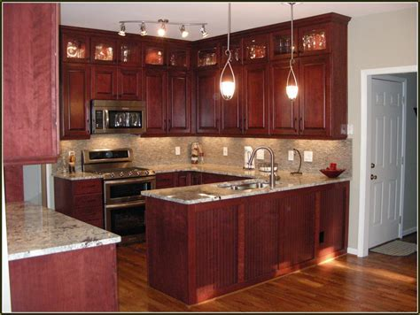 Cherry Kitchen Cabinets With Oak Floors   Cabinet #46124