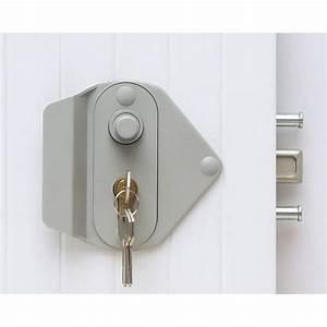 serrure bouton poussoir pour porte de garage coulissante With porte de garage coulissante jumelé avec la serrure