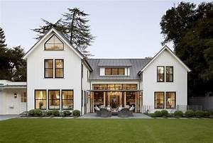 Modern Farmhouse Exterior Design Ideas 56 - HOMEDECORT