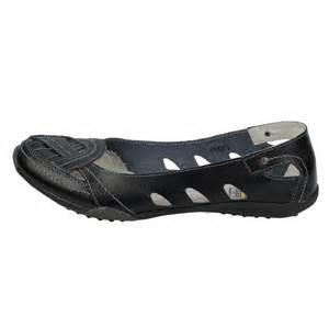 Ladies Comfortable Walking Shoes