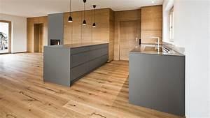 Deckenlampe Küche Modern : schreinerk che in wohnzimmer integriert modern k che m nchen von held schreinerei ~ Frokenaadalensverden.com Haus und Dekorationen