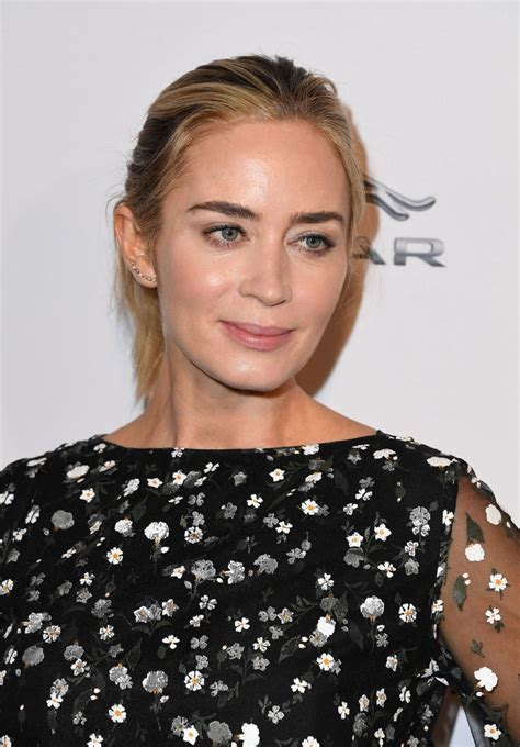 Welcome to emily blunt network, an online fan resource dedicated to the talented, charismatic and beautiful british actress. EMILY BLUNT at Bafta Tea Party in Los Angeles 01/05/2019 - HawtCelebs