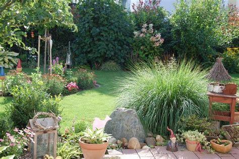 beet mit gräsern gestalten beet mit kies gestalten performal best garten ideen