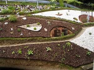 Gartengestaltung Mit Rindenmulch Und Steinen : bilder von euren hangg rten page 2 mein sch ner garten forum ~ Bigdaddyawards.com Haus und Dekorationen