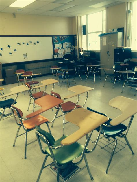 classroom desk arrangements arranging classroom furniture an unobtrusive glimpse into