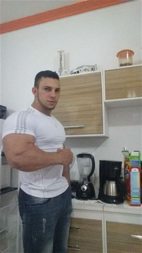 bodybuilders  street clothes    friday