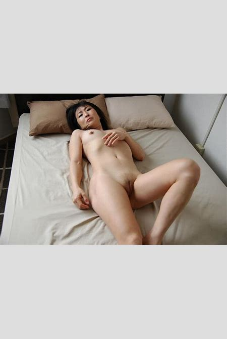 Shaved pussy mature asian mom - Sexy Women in Lingerie - Picture 5