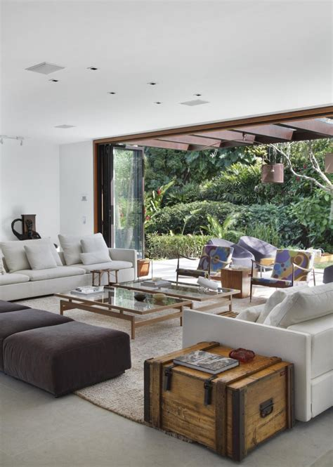 contemporary colonial home  rio decorated  neutral