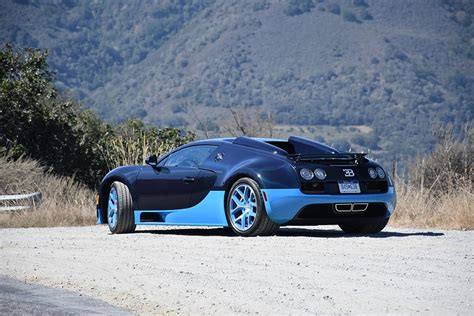 The Bugatti Veyron Is The Closest You'll Get To A Fighter