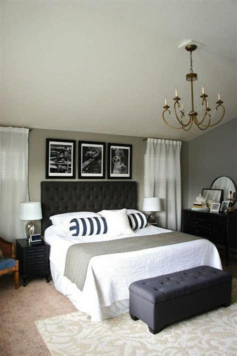 decor de chambre a coucher 40 idées pour le bout de lit coffre en images