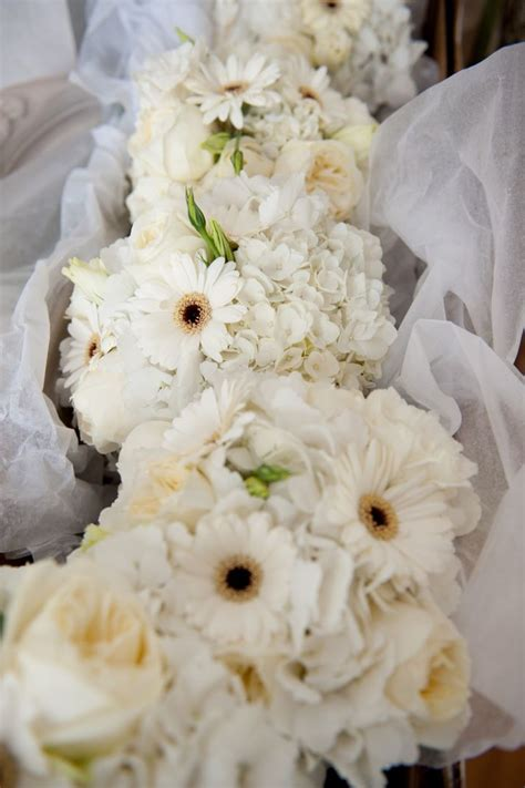 celebrity story   spot ten white marriage ceremony