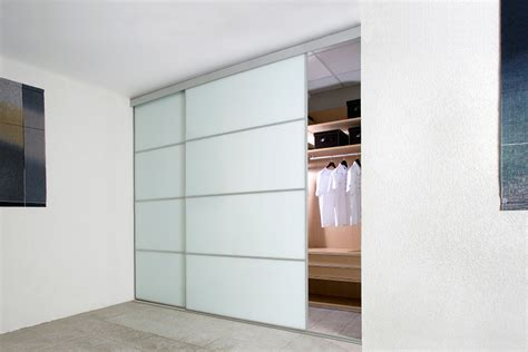 Simple And Modern Closet Door Finger Pull — Closet