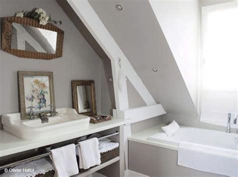 les 25 meilleures id 233 es de la cat 233 gorie salle de bains taupe sur murs taupe