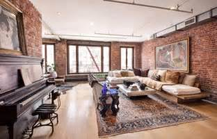carlton rents out soho pad ny daily news