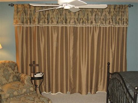 How To Hang Drapes On Traverse Rod - 17 best images about keep it simple and sweet with