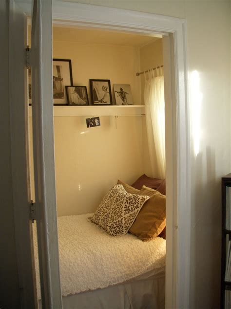 wow a walk in closet turned bedroom i could convert the