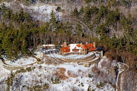 aerial photo nh moultonborotuftonboro castle