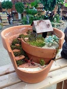Pflanzen Für Drinnen : 17 m rchenhafte mini g rten zum selbermachen f r drinnen und drau en diy bastelideen ~ Frokenaadalensverden.com Haus und Dekorationen