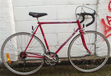 Variasi Mobil Mitsubishi T120ss Angkot by Peugeot Racing Bike Peugeot Racing Bike Bikes Classic