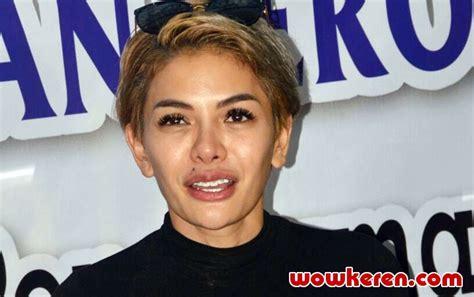 Nikita Mirzani Akhirnya Berhijab Dan Cantik Masyaallah