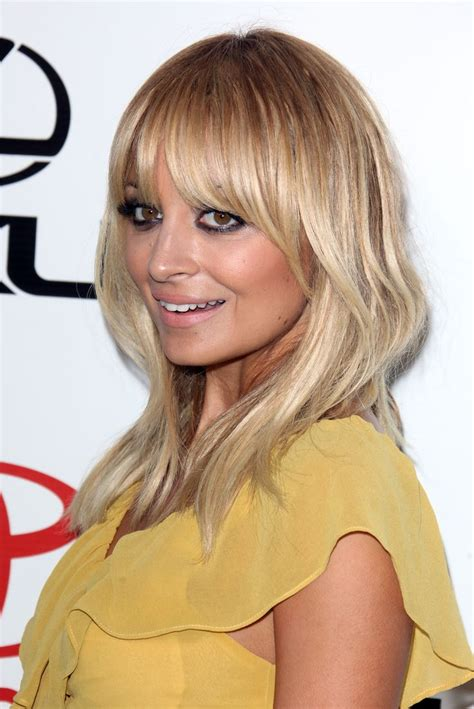 Shoulder Hairstyles by Below Shoulder Length Hairstyles With Bangsflattering