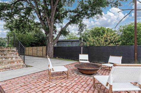 the shotgun house from fixer upper is on the market for