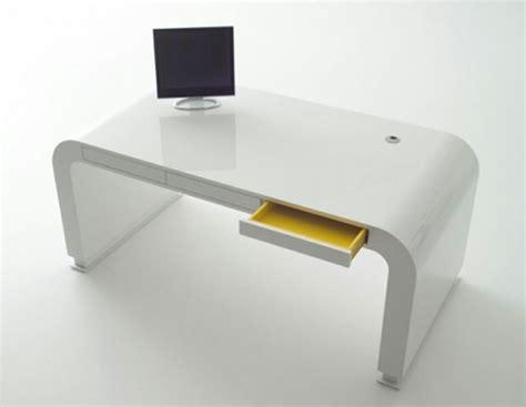 moderna skrivbord cool skrivbord och stol  modern