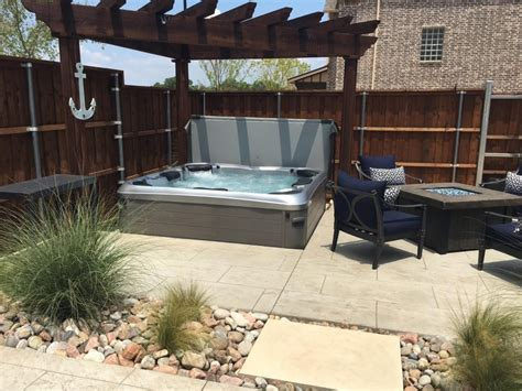 Patios With Tubs by Dallas Tubs Southern Leisure Spas Patio Dallas