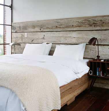 chambre bois flotté tête de lit faite en bois flotté pour une chambre authentique