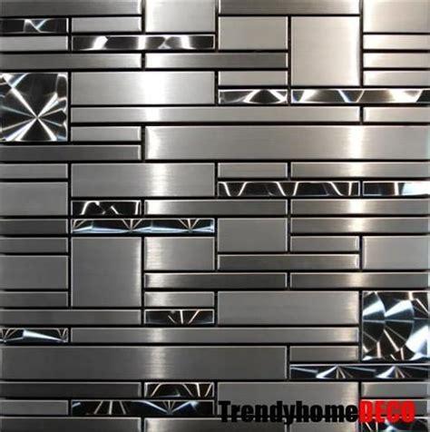 stainless steel kitchen backsplash tiles 25 best ideas about stainless steel tiles on pinterest stainless steel kitchen splashbacks