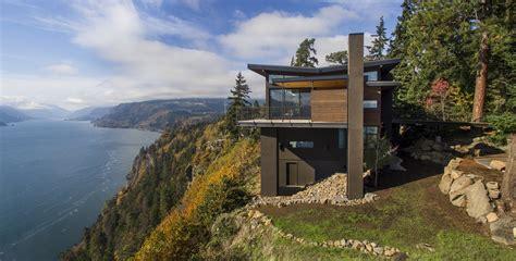 Cliff House Modern Home in White Salmon, Washington by ...
