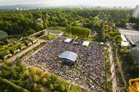 denver botanic gardens concerts venuesnow quieting to get loud
